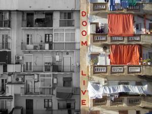 Nick Rzayeu ens mostra la façana d'un edifici en un pati interior, una imatge on s'interrelacionen dos factors importants: la convivència i el que veiem de l'altre.