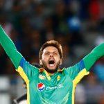 shahid-afridi-of-pakistan-celebrates-his-wicket1